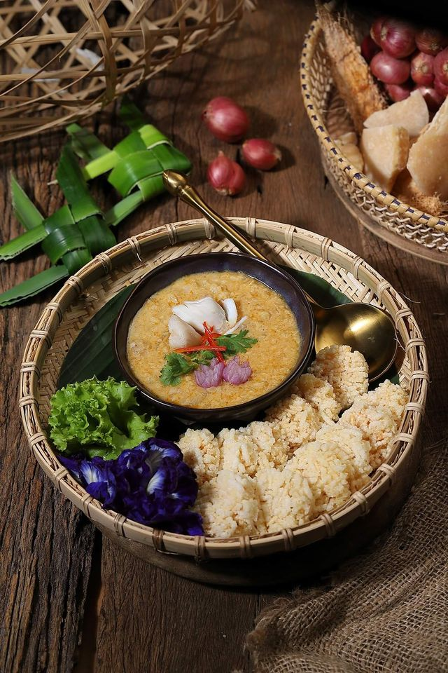 Thonglor Thai Cuisine Menu